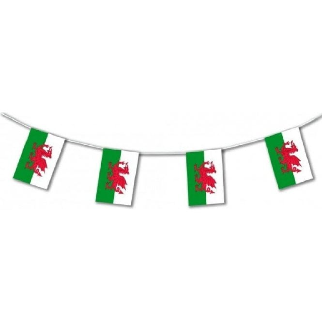 Union Jack Wear Wales plastic flag bunting 17 Feet (5m)